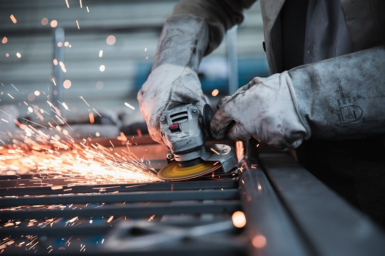 steadily growing qld manufacturer - 5
