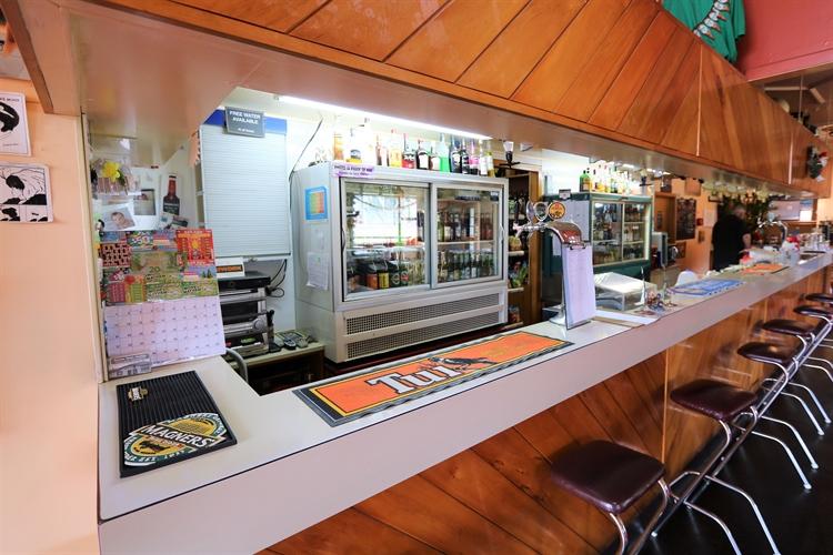 railway hotel freehold pub - 4