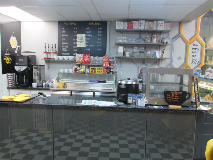 fully renovated cafe with - 4