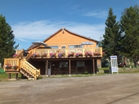 established resort cariboo area - 3