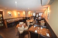 beautifully presented perth restaurant - 2
