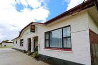 railway hotel freehold pub - 1