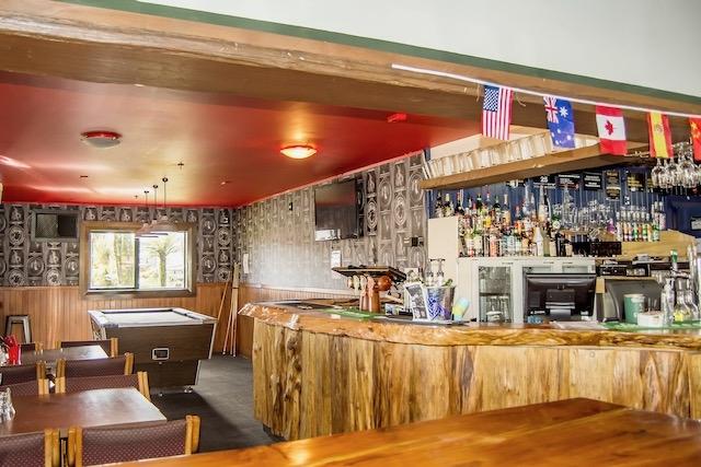 bigfoot restaurant glacier inn - 9