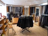 Boutique Of 95m2 In Arpajon For Sale