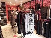 Clothing Boutique In Beuzeville For Sale