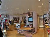 Beautiful Lingerie Shop In La Grande Motte For Sale