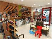 Shoe Store Of 70m2 In Combourg For Sale