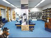 Shoe Store In Chateaudun For Sale